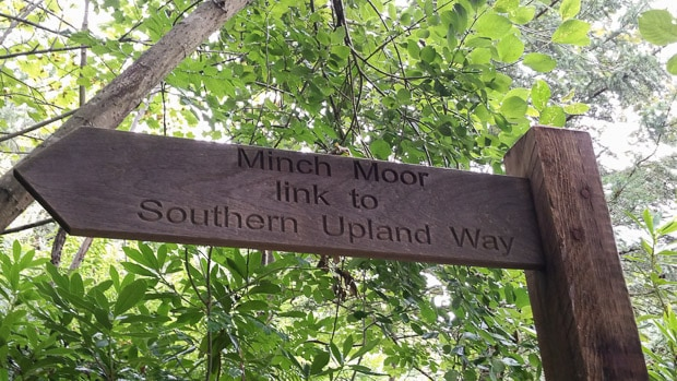 Signpost saying Minch Moor link to Southern Upland Way.